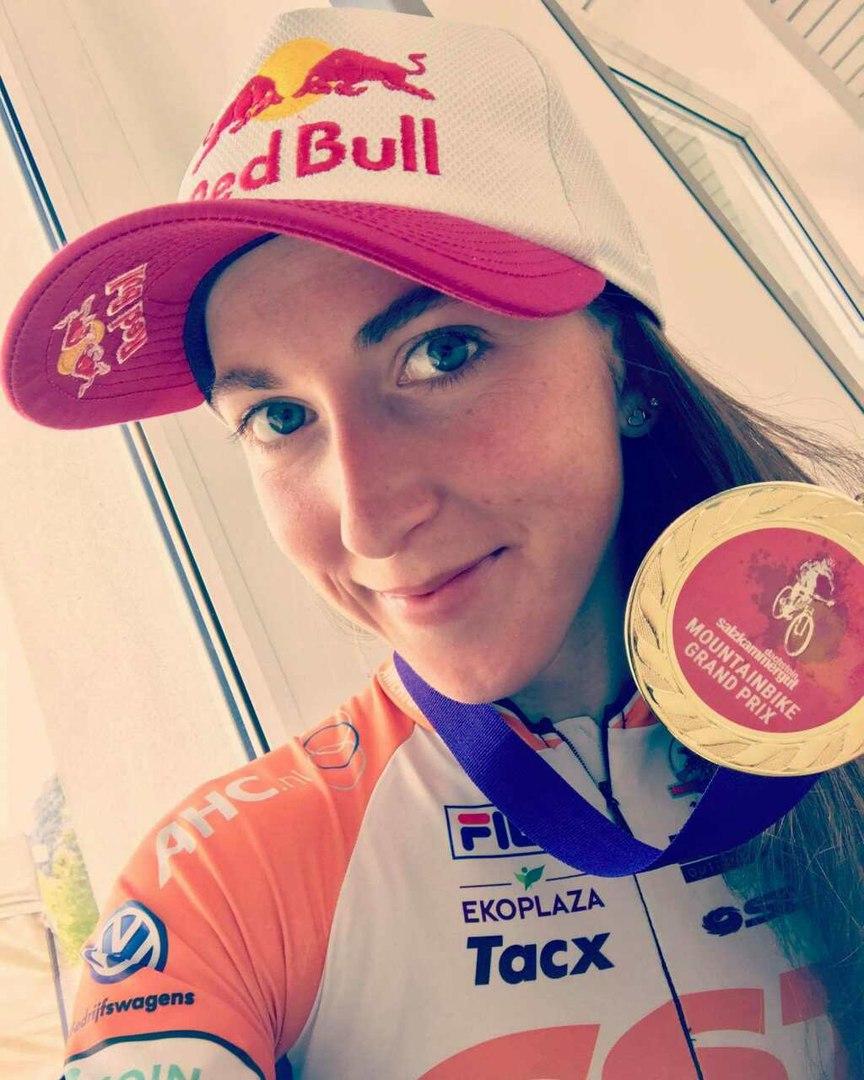 Украинская велогонщица Беломойна выиграла гонку вАвстрии