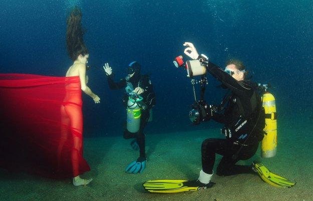 съемка под водой с лодки