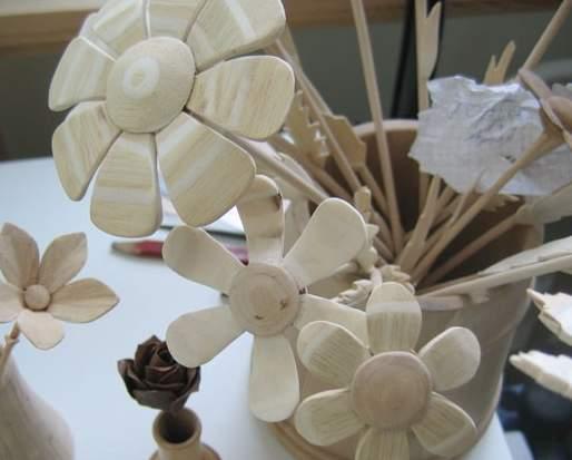 Деревянный цветок своими руками фото