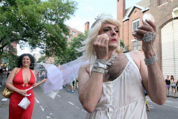 foto-transvestitov-na-ulitsah-moskvi