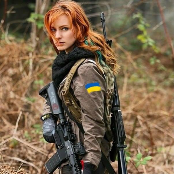 """В Хмельницком 8-ом полку, который празднует 52-ю годовщину, служит женщина-снайпер, пришедшая с """"гражданки"""" - Цензор.НЕТ 3180"""