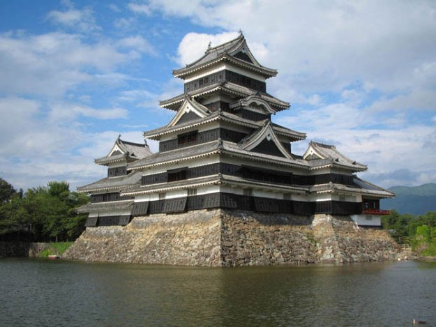 Замок мацумото япония