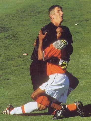 Картинки по запросу самые курьезные моменты в спорте фото