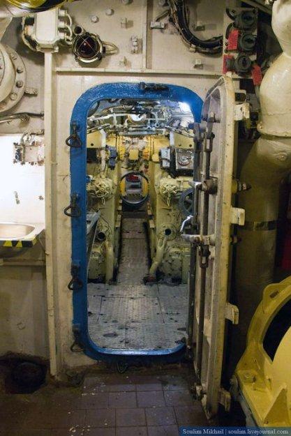 подводную лодку с189