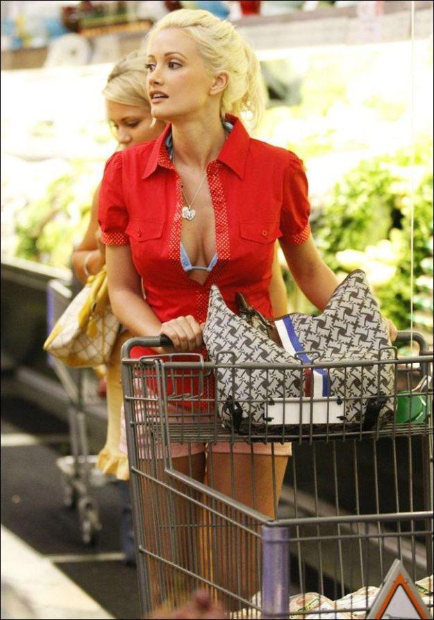 Hot Milf Shopping