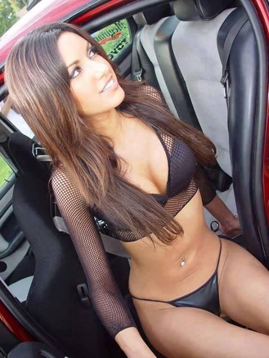 Teen nudist girl