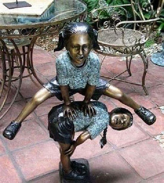 Секс со статуей ххх 21 фотография