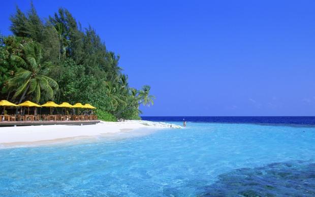 вспоминаем пляж..солнце...море...лето...