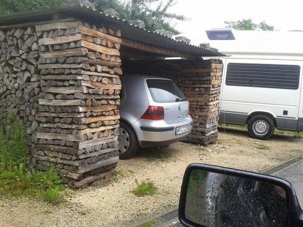 Деревянный гараж для дачи