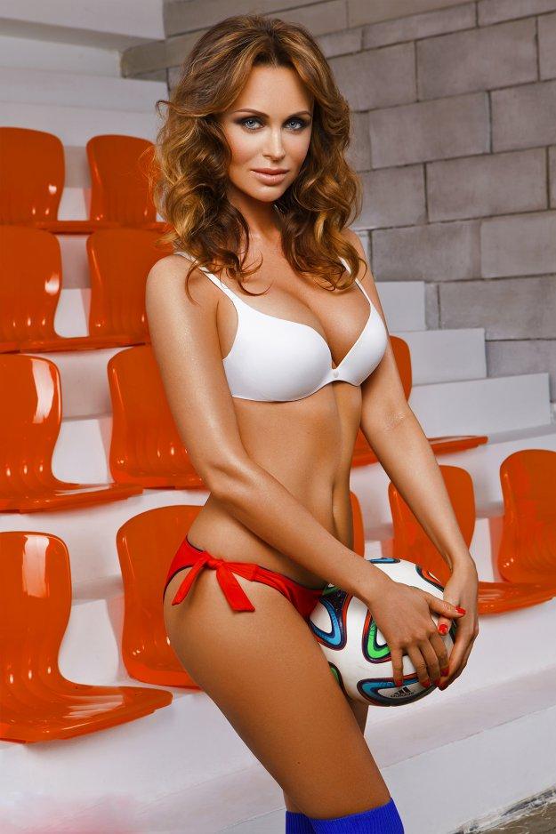 Фото голых жен футболистов россии 80005 фотография