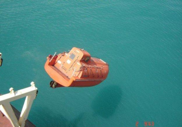 петербург спустить лодку на воду