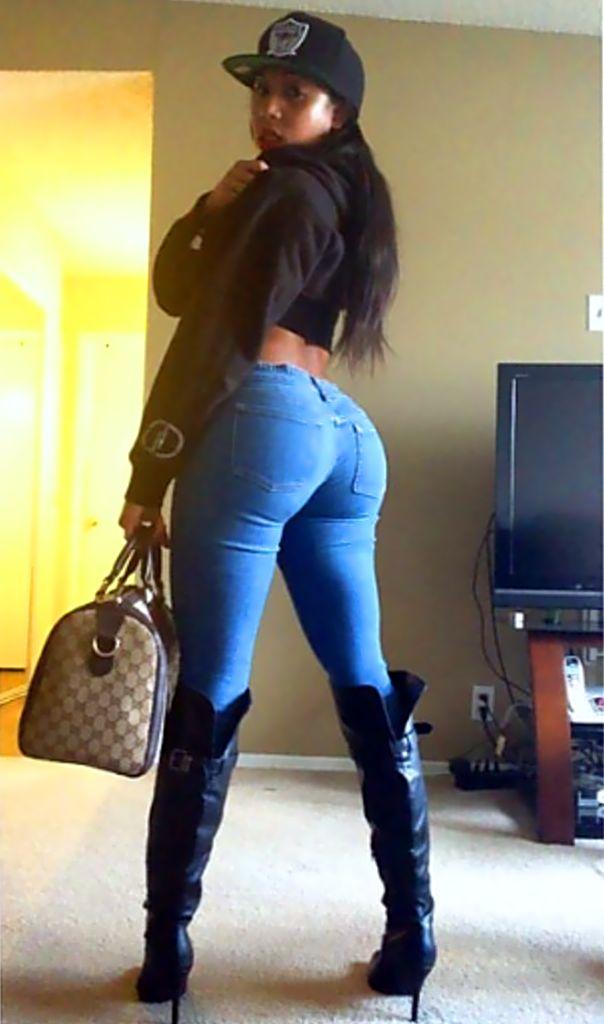 девушки в обтягивающих джинсах порно фото