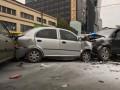 В Киеве столкнулись три авто, один человек погиб