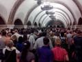 В столичном метро забыли про социальную дистанцию и маски