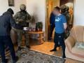 На Луганщине рецидивист пытался взорвать гранатой полицейских