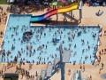 В ФРГ участились случаи сексуальных домогательств в бассейнах