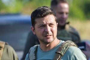 Зеленский рассказал, как ел и выпивал с бойцами на передовой