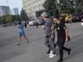 Возле Одесского облсовета блогер укусил активиста за нос