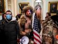 СМИ выяснили, кто финансировал закончившийся штурмом Капитолия митинг