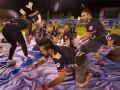 В США на футбольном матче разбросали $5000