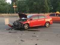 В Киеве на Днепровской набережной столкнулись авто и мотоцикл