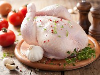 Антимонопольный комитет расследует сговор на рынке курятины