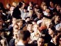 Бомба замедленного действия: британским студентам нечем отдавать кредиты на образование