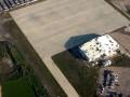 Пустой и разрушенный: в сети появилось новое видео донецкого аэропорта