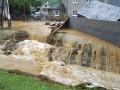 Наводнение в Чехии: Ливень затопил дома, есть погибшие