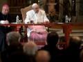 Папа Римский изменил процедуру отречения от церковных должностей