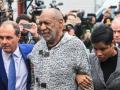 В США комика Билла Косби признали виновным в изнасиловании