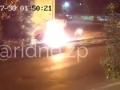 В Запорожье неизвестный чуть не сгорел заживо, поджигая чужое авто
