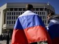 В Севастополе мужчина пытался сжечь флаг РФ и оскорблял Путина