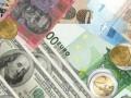 Евро на  Forex растет к фунту и доллару