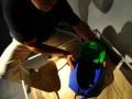 Испанская пара придумала пляжный рюкзак, который невозможно украсть