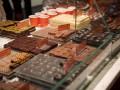 В США 33 членов русской мафии обвинили в краже шоколада