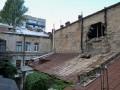 В центре Одессы рухнула часть стены жилого дома