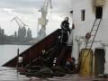 В Херсоне тушили масштабный пожар на судне