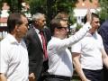 Денег нет, но трусы держатся: модное белье Медведева высмеяли в Сети