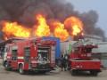 Под Днепром пожар уничтожил склад автозапчастей