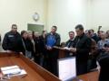 Троих подозреваемых в массовых беспорядках в Харькове суд отпустил под домашний арест