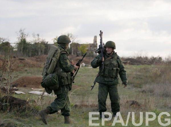 """Боевик """"служил"""" на КПП"""