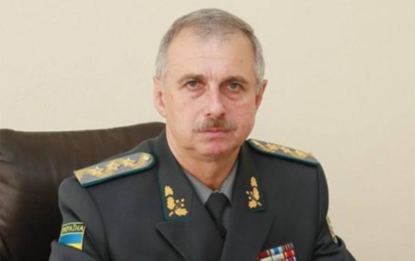 """В украинскую армию могут вернуть """"срочников"""" - министр обороны"""