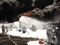 На нефтебазе под Киевом спасатели продолжают пенные атаки