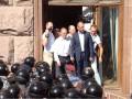 Штурм Киевсовета: Яценюк в окне и заседание за 10 минут (ФОТО, ВИДЕО)