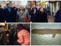 День в фото: Конь в маршрутке, Керри в Москве и саламандра в Китае