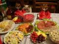 Сколько стоит накрыть праздничный ужин дома
