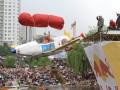 Над Киевом летали крутые самолеты ручной работы (ФОТО, ВИДЕО)