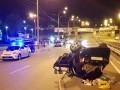 В Киеве Skoda въехала в три машины, погиб мужчина
