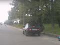 В Харькове из салона движущегося авто выпал ребенок